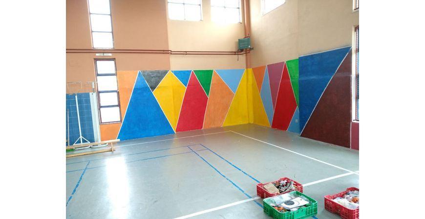 """Montaje de Presas de escalada en el gimnasio del instituto """"La Jara"""""""